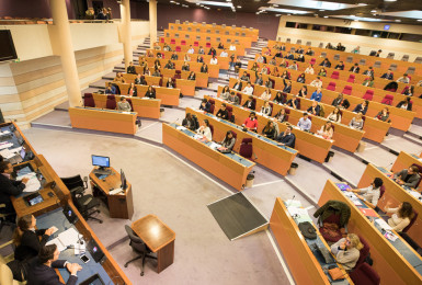 CRJ-hémicycle